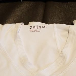 Zella top. Excellent condition.